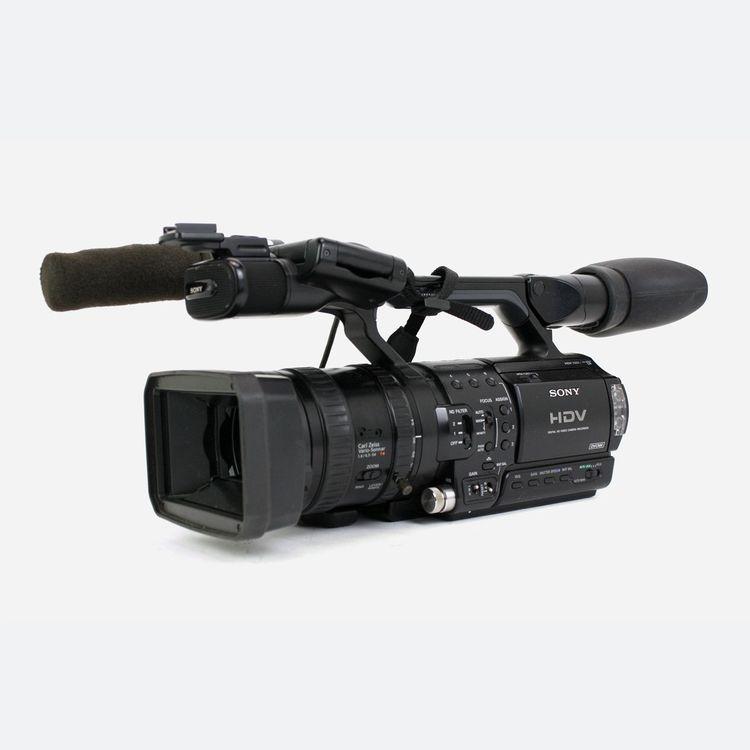 Sony HVR-Z1E HDV 1/3″ 3CCD Handheld Camcorder