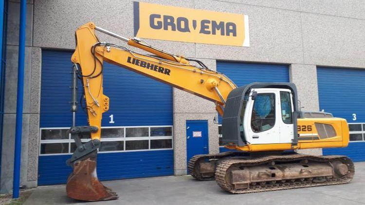 Liebherr R926 LC Tracked excavators
