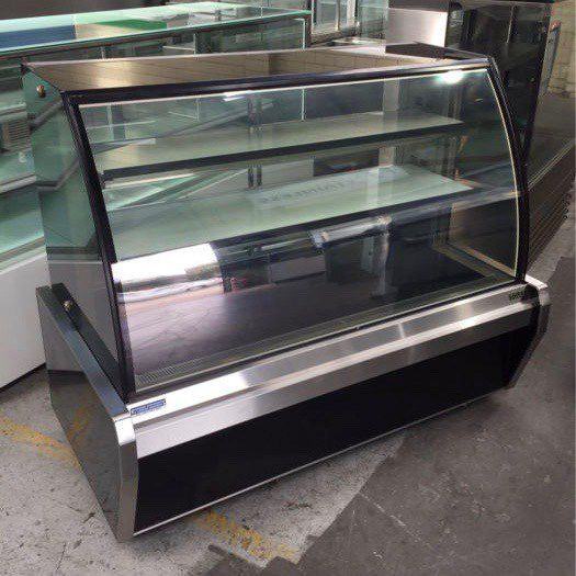 Others Curved Glass Cake Display Fridge