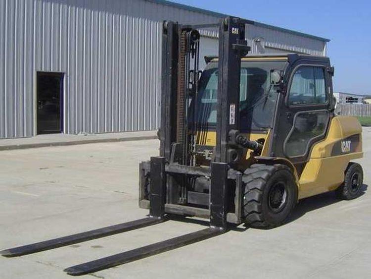 Caterpillar P12000 12000