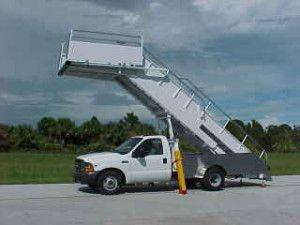 100/200, Truck Mount Passenger Stairs
