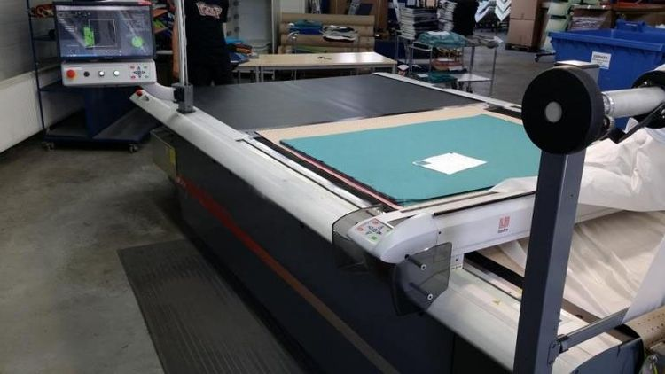 Lectra Vector spreading and cutting machine