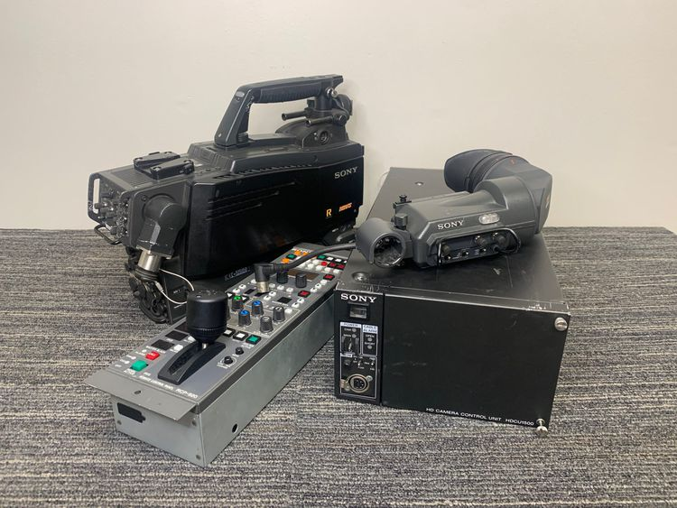 Sony HDC-1500R with HDCU-1500 Studio Camera