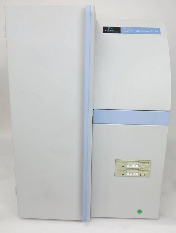 Perkin Elmer MicroBeta Trilux 1450 LSC & Luminescence Counter