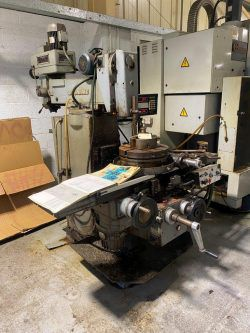 Cincinnati Toolmaster Turret Mill Variable