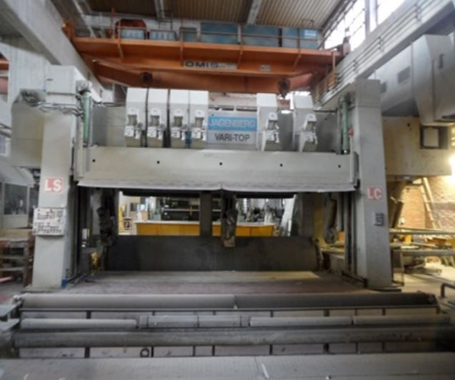 Paper Machine for Graphic Papers w/ 2 calenders & offline coater 5400 mm  260-380 Tpd