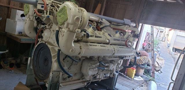Detroit 16V92 Diesel Marine Engine