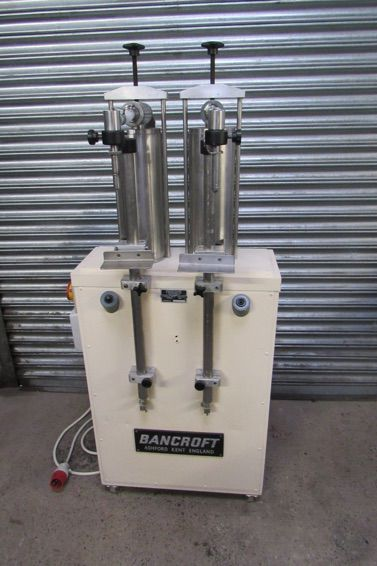 Bancroft Twin 2.5l Piston Filling Machine