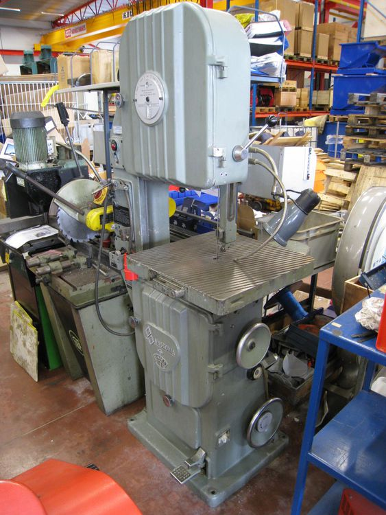 Thile 	NT18 Vertical bandsaw Semi Automatic