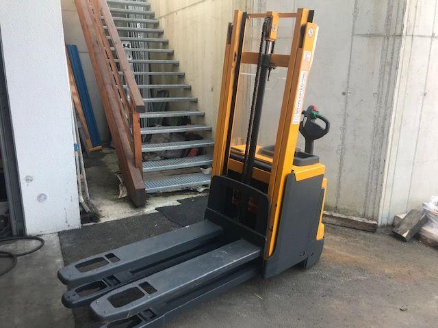 Jungheinrich EJD 220 2000 kg