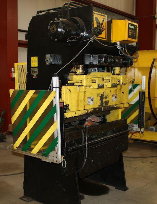 Wysong #H-2052 HYDRAULIC PRESS BRAKE 20 Ton