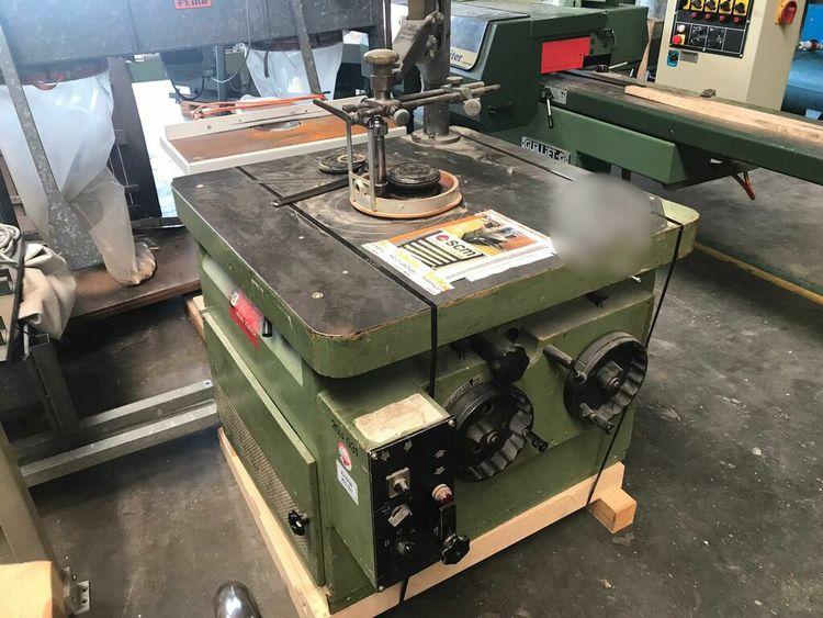 SCM T 160 Swivel milling machine