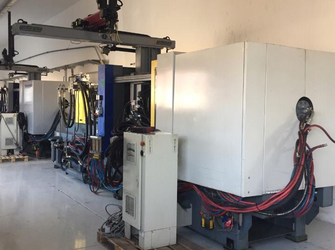 Battenfeld Injection moulding machines 450 T
