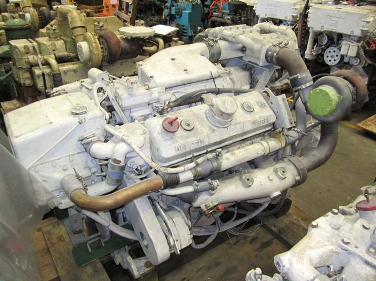 Detroit DIESEL 8V-92TI Diesel Marine Engine
