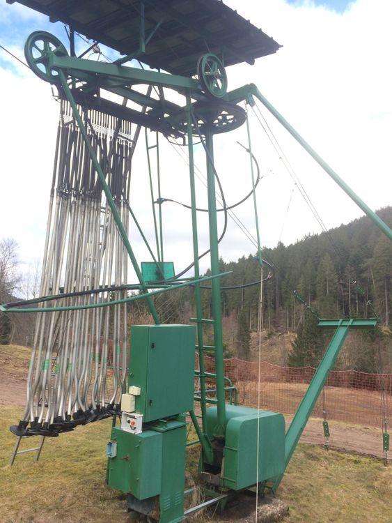 Poma detachable ski lift B 15