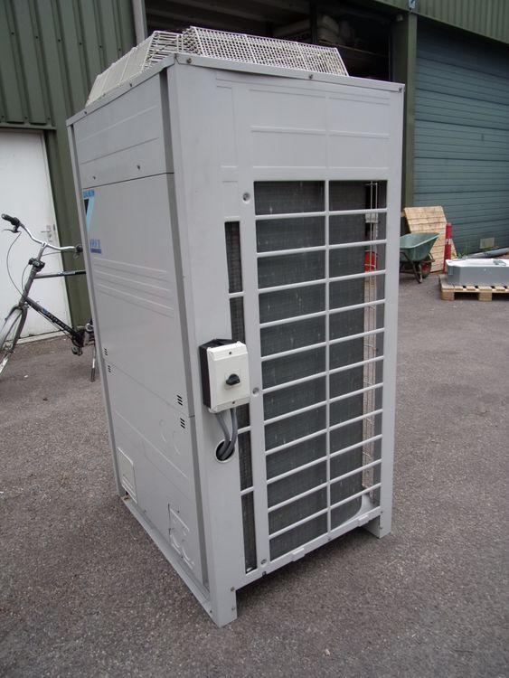 Daikin Daikin RXYQ12P7W1B Heat Pump VRVIII Cooling 33.5 kW Heating 37.5 kW 2008