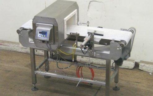 Lock MET30 +3F, Metal Detector Conveyor