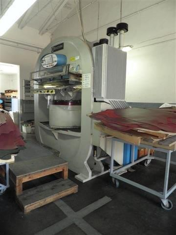 Gozzini ST/1.100 Hydraulic ironing and embossing presses