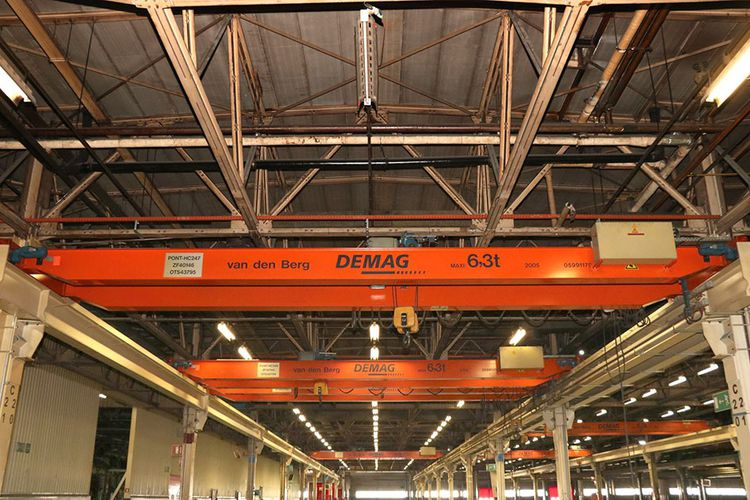 Demag 6,3 ton x 11 400 mm 6,3 ton Kind of    overhead travelling crane