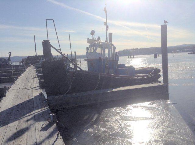 36′ x 13′ Steel Gladding Hearn Built Tugboat 35 ton