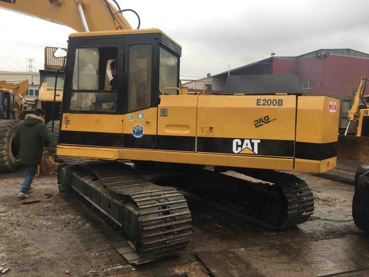 Caterpillar E200B Excavator