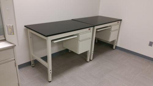 Others Adjustable Lab Desk (4ft wide)