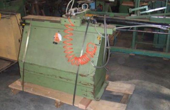 Fiorenza Bench loader for moulder