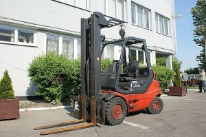 Linde H30D-03 3000 kg