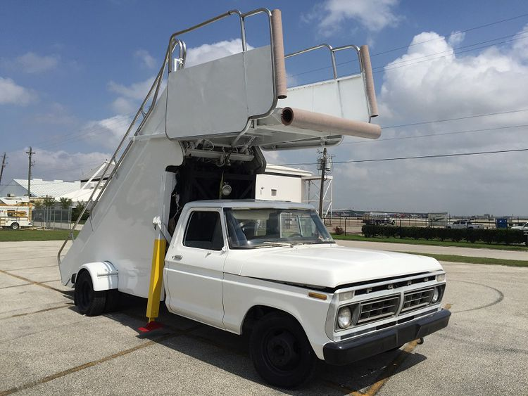 Nordco 3003, Stair Truck
