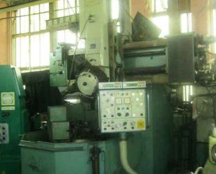 Toshulin SKJ 8 F Vertical turning lathe