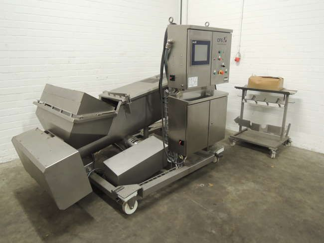 CFS I 400 and TS in-line Screwloader / meat analyzer
