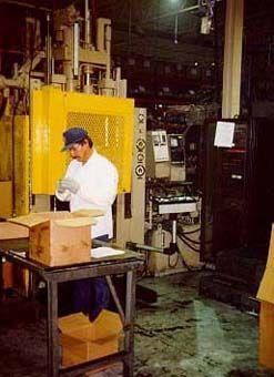 Dieffenbacher Injection moulding machines 200 ton