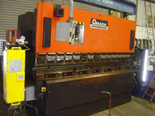 Amada, Promecam ITS 103 hydraulic upstroke pressbrake 100 Ton