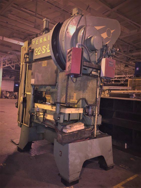 Perkins 32 S DC Max. 32 Ton