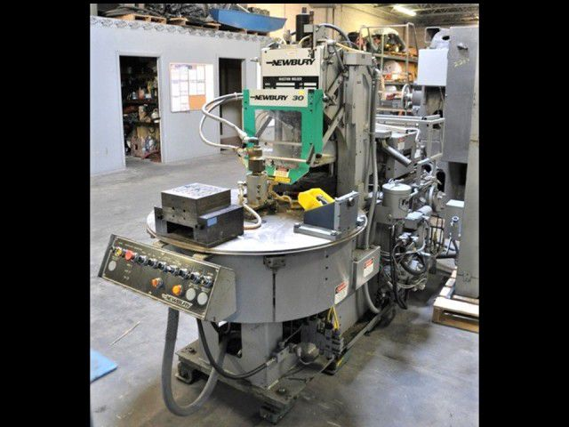 Newbury V2-30ARS 30 Ton