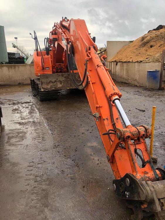 Doosan DX140LCR-3 Tracked Excavator