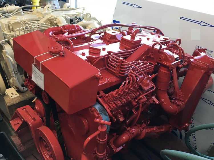 Cummins 6CTA 8.3 Diesel Marine Engine