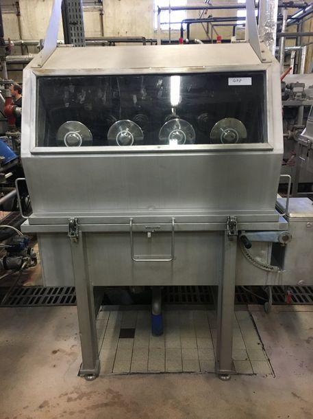 5 Mezzera dyeing machine skeins full bath 4 arms