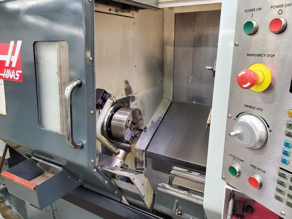 Haas CNC Control 4500 RPM DS-30SSY
