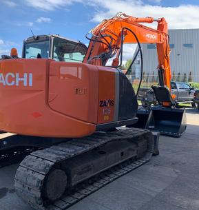 Hitachi ZX135US-3 Tracked Excavator