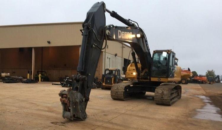 John Deere 350G LC Excavator
