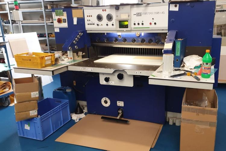 Perfecta 115-4, Paper Cutting Machine