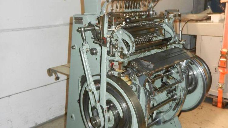 MULLER MARTINI FK II S Semi-automatic sewing machine