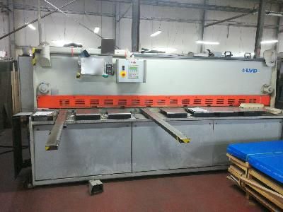 LVD HST-E 31/6 CNC guillotine shears