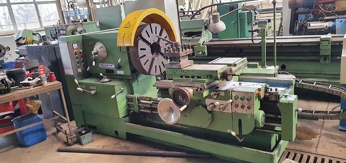 Poreba Engine Lathe 1000 rpm TRC 70