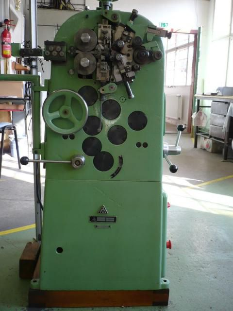 2  Spring Automatic AU 1 Spring machine for production