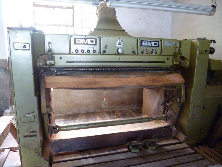 BMD 1800 Fleshing machine