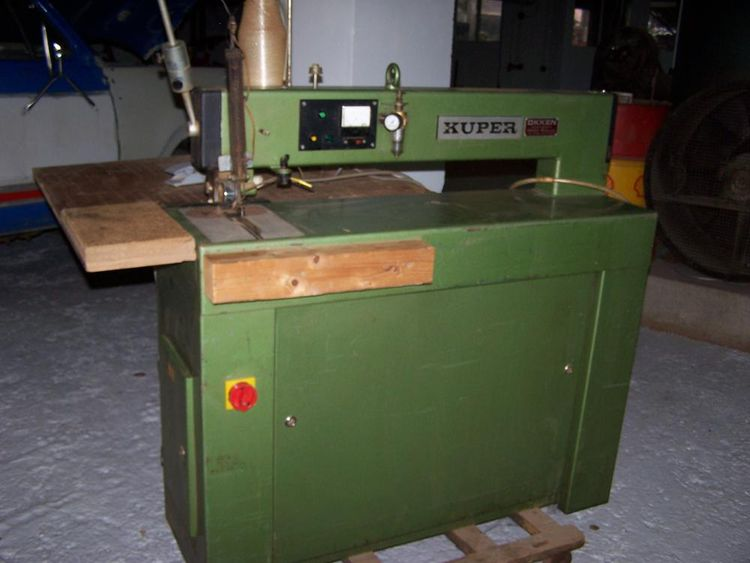 Kuper FW 900, Veneer splicing machine