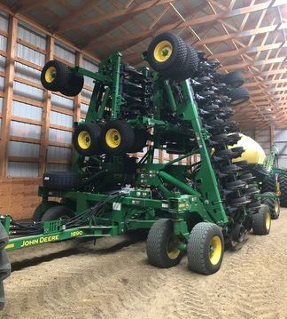 John Deere 1890 Vertical Tillage