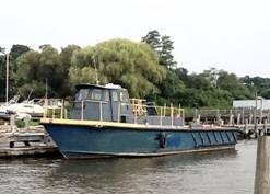 Aluminum Crew Boat